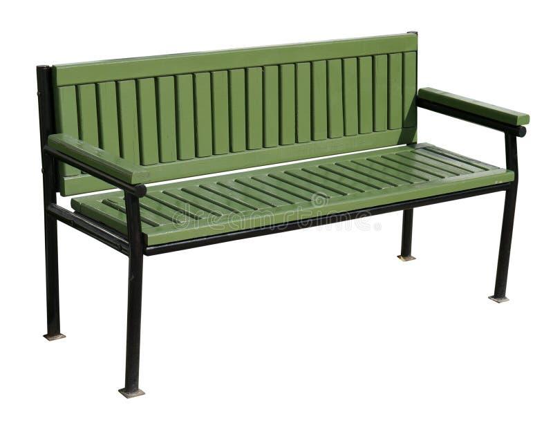新的绿色休息长凳在夏天公园 查出在白色 库存图片