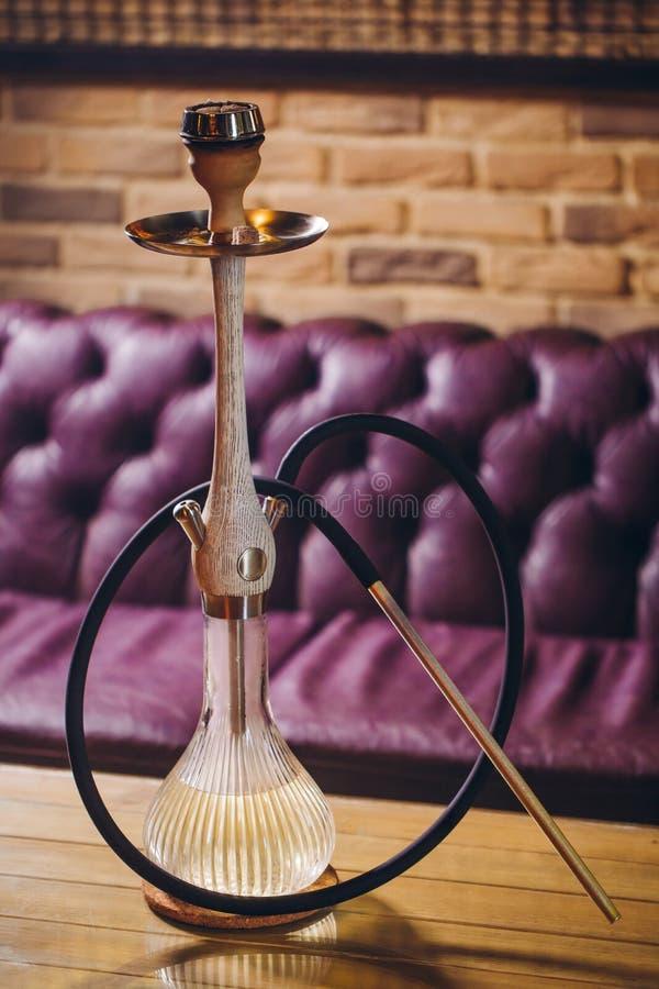 新的装饰的水烟筒或shisha 库存照片