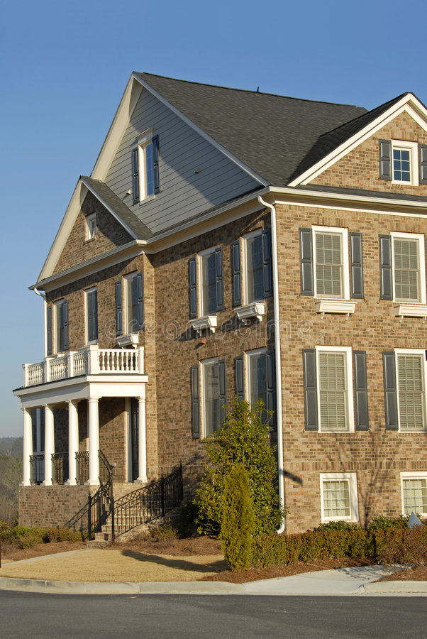 新的连栋房屋 免版税库存照片