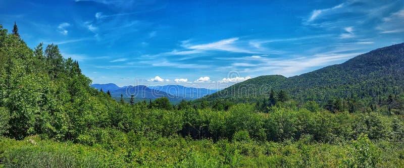 新罕布什尔美丽的山  库存图片