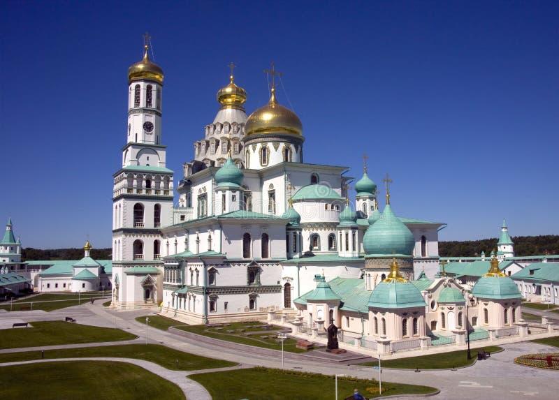 新耶路撒冷,俄罗斯,复活大教堂钟楼的金黄圆顶是寺庙香客的圣地 图库摄影