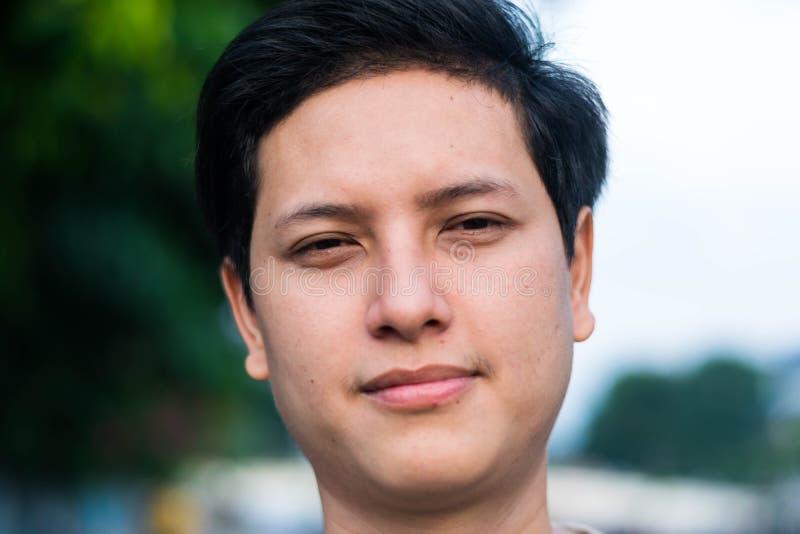 新英俊的亚裔人 免版税库存图片
