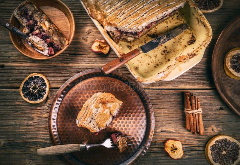 新近地被烘烤的面包布丁 免版税库存照片