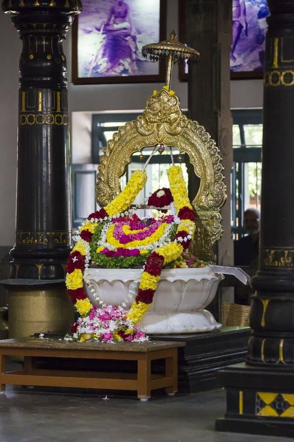 新闻纪录片的社论 Sri Ramana Maharshi, Tiruvannamalai,泰米尔纳德邦,印度- 3月聚会所大约, 2018年 未认出的妇女 库存照片