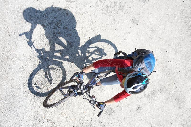 新骑自行车者旅行 库存图片