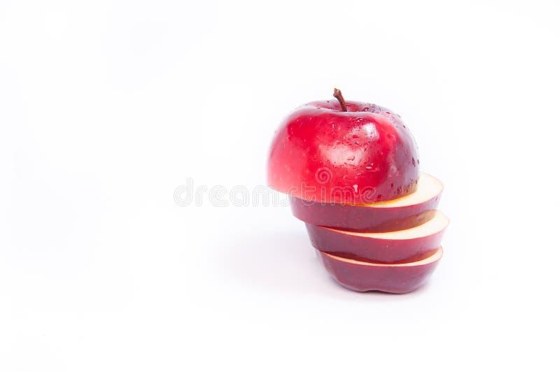 新鲜切的红色的苹果 图库摄影