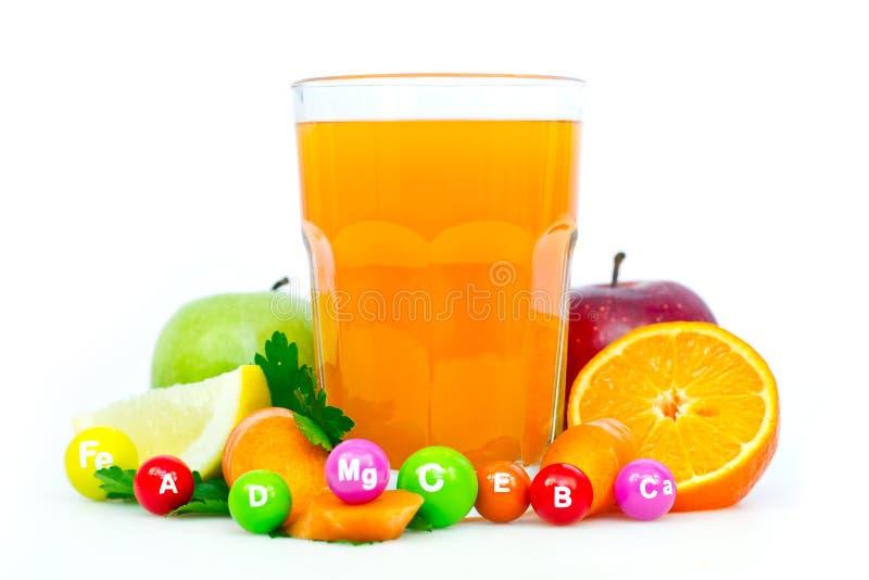 新鲜和健康多种维生素汁液 免版税库存照片