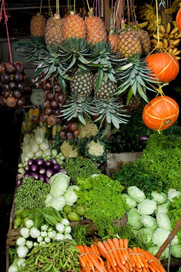 Download 新鲜水果市场蔬菜 库存图片. 图片 包括有 蔬菜, 传统, 五颜六色, 没人, 食物, 热带, 局部, 果子 - 15677397