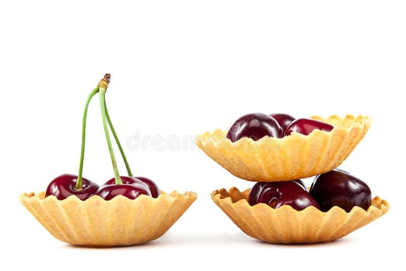 Download 新鲜的一个甜樱桃果子 库存图片. 图片 包括有 发狂, 平分, 庭院, 照亮, 巴西, 查出, brander - 72354923