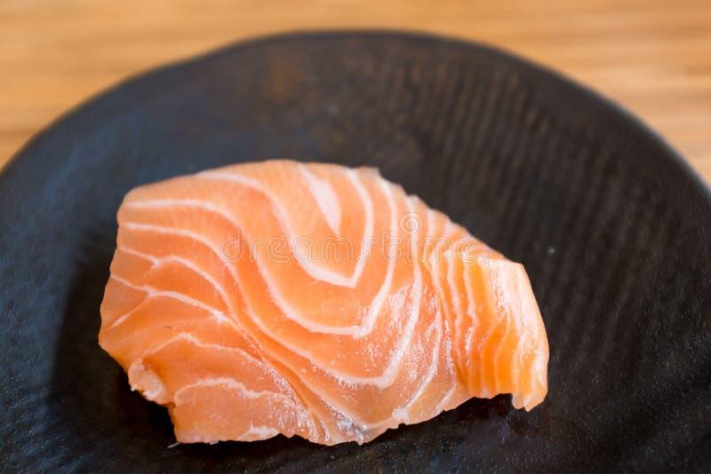 新鲜的三文鱼生鱼片 免版税图库摄影