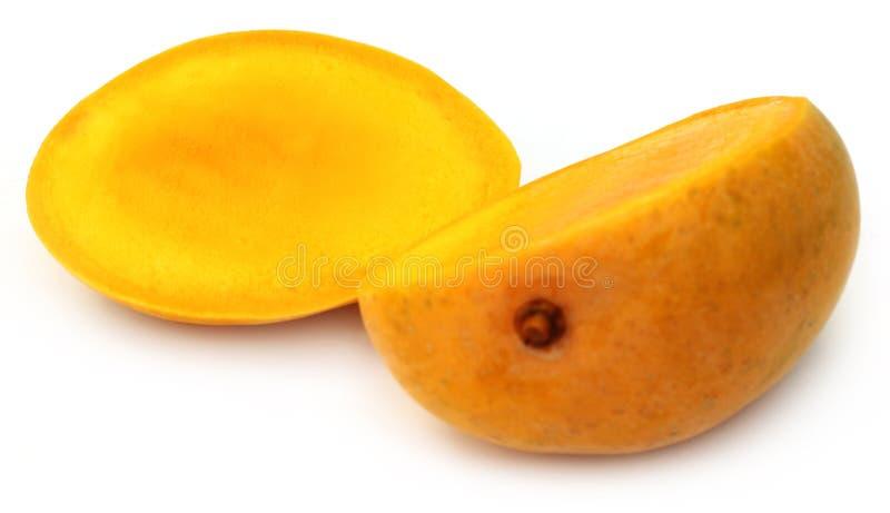 新鲜的切的芒果 库存图片
