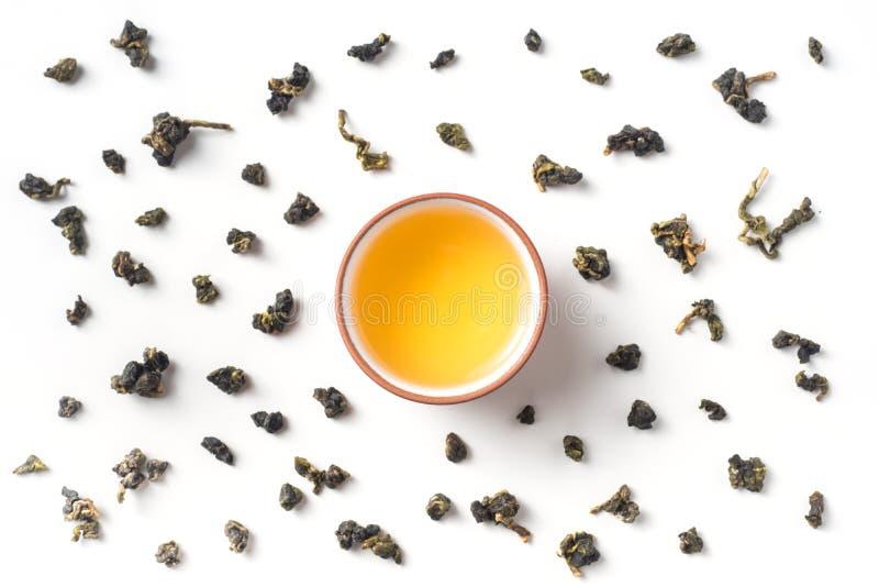新鲜的台湾oolong茶和茶壶 图库摄影