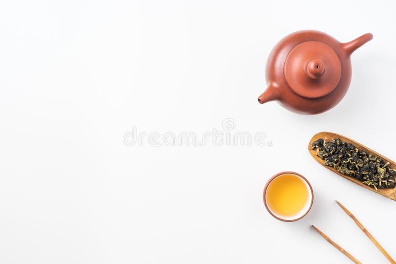 新鲜的台湾oolong茶和茶壶 免版税库存图片