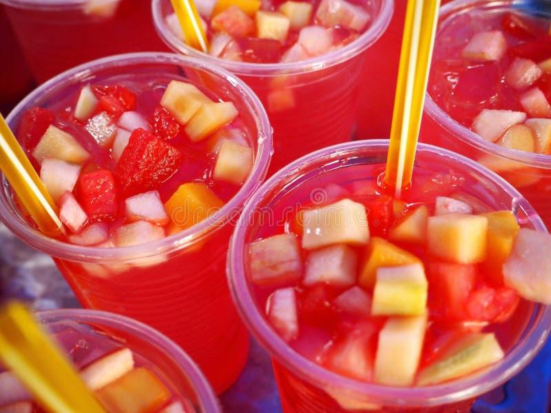 新鲜的夏天果汁喷趣酒 库存图片