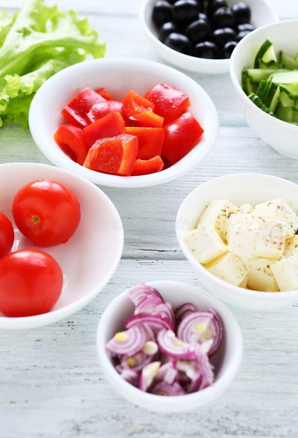 新鲜的希腊沙拉成份 免版税库存图片