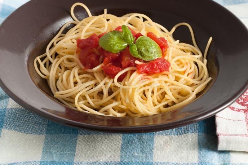 Download 新鲜的意粉蕃茄 库存照片. 图片 包括有 健康, 可口, 红色, 烹调, 调味汁, 意粉, 服务, 干酪 - 59100860