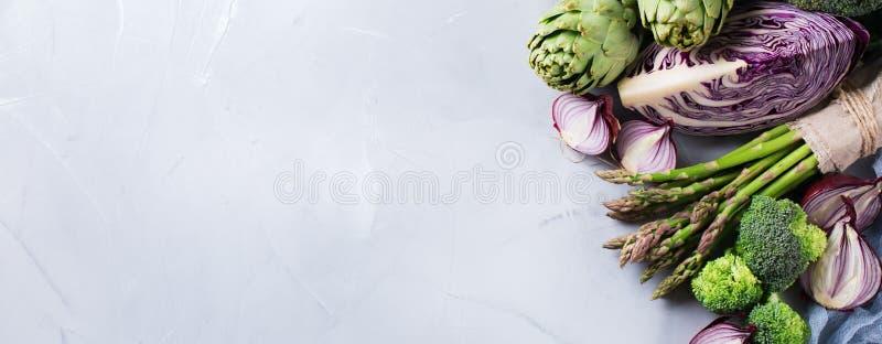 新鲜的有机农夫菜的分类 库存照片