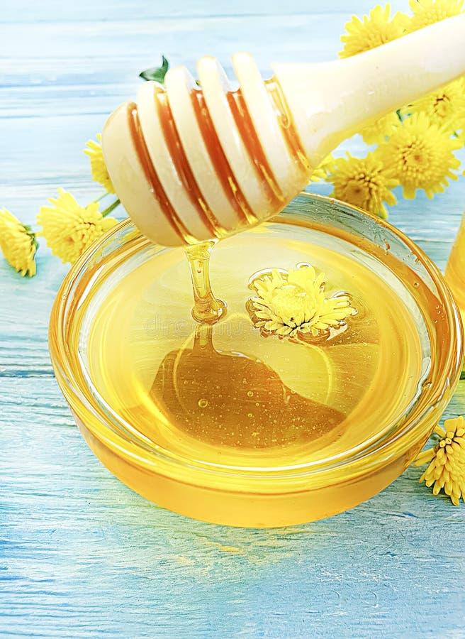 新鲜的有机蜂蜜供选择的食物,有机芳香甜点 库存照片