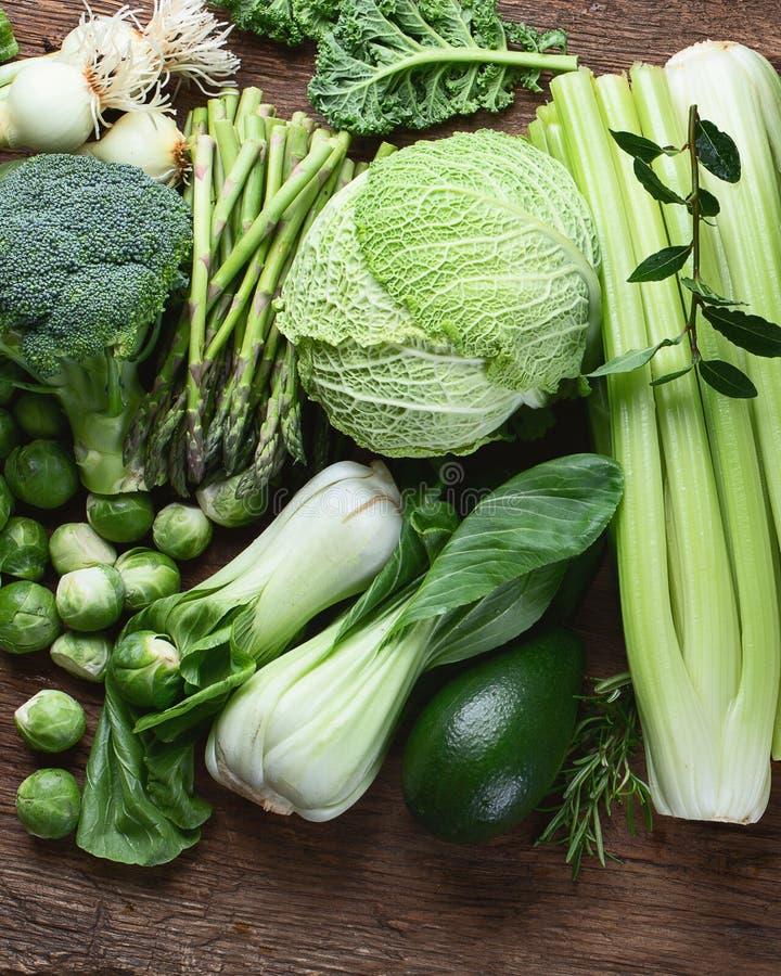 新鲜的绿色蔬菜 免版税图库摄影