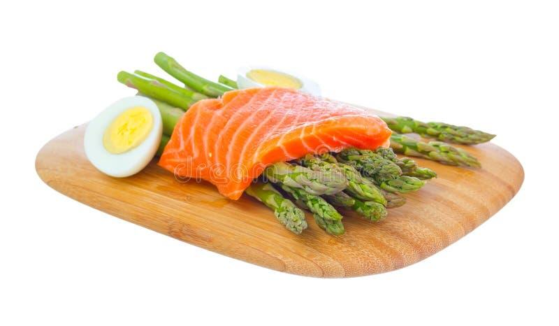 Download 在准备的健康膳食。 库存照片. 图片 包括有 蔬菜, 原始, 会议室, 背包, 鳟鱼, 没人, 正餐, 天冬酰苯丙氨酸甲酯 - 30328552