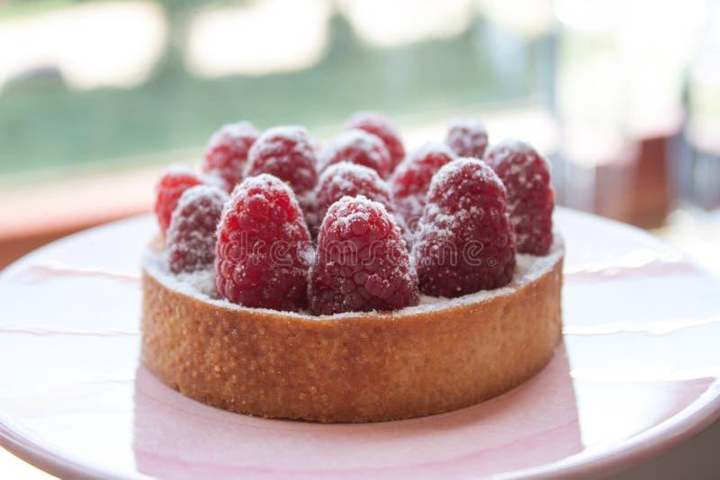 新鲜的莓果子馅饼 免版税图库摄影