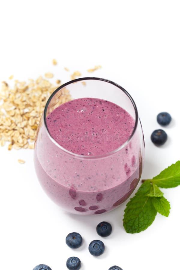 Download 新鲜的蓝莓圆滑的人 库存照片. 图片 包括有 提高, 食物, 点心, 黑鹂, 自创, 饮料, 特写镜头, 楼梯栏杆 - 59103972