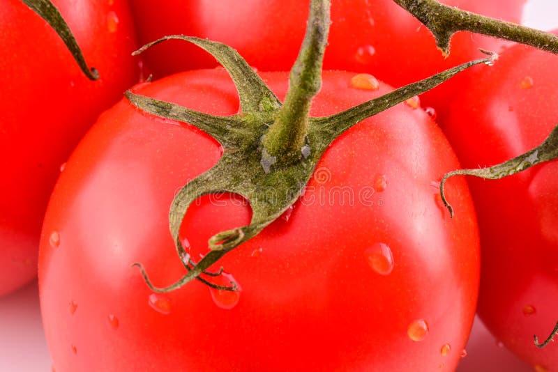 新鲜的蕃茄关闭宏观图象,健康吃红色成熟未加工的蔬菜蕃茄食物 图库摄影