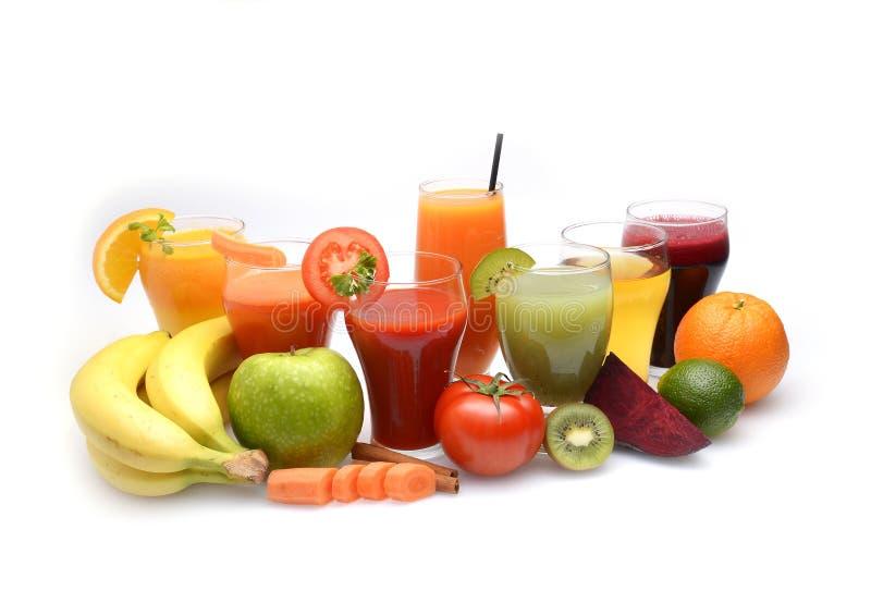 新鲜的水果和蔬菜汁 免版税库存照片