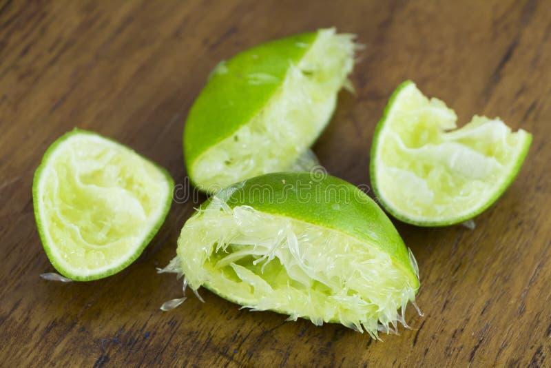 新鲜的绿色柠檬皮 图库摄影