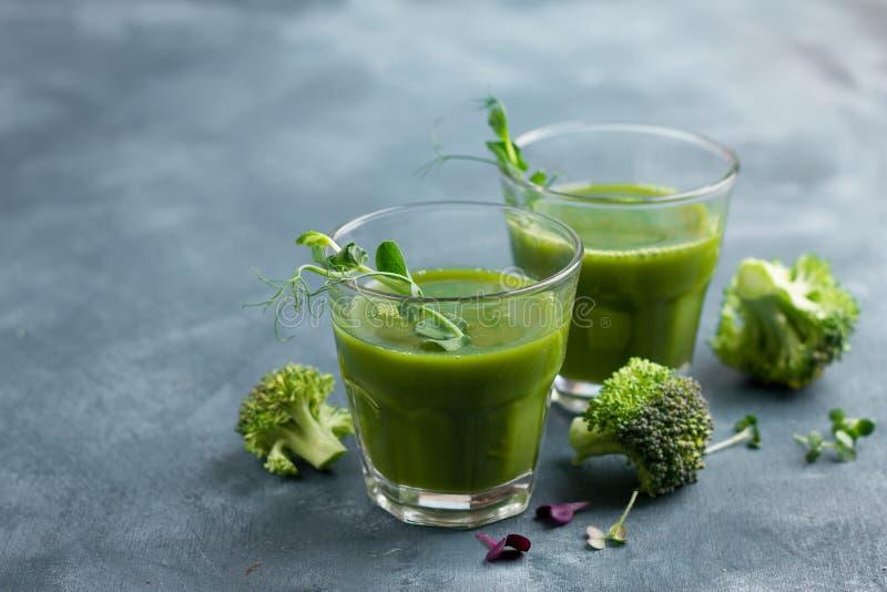 新鲜的绿色汁液 库存照片