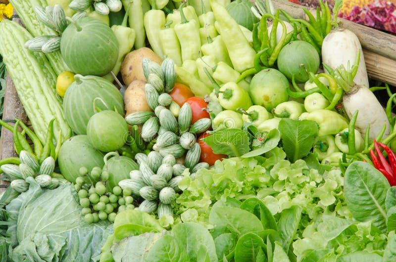 新鲜蔬菜水果的顶视图 免版税库存图片