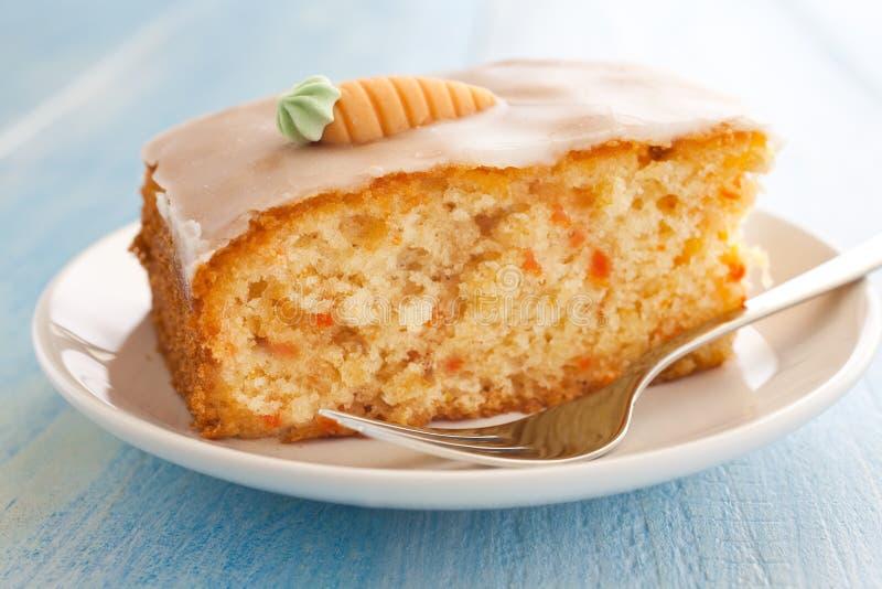 新鲜蛋糕的红萝卜 图库摄影