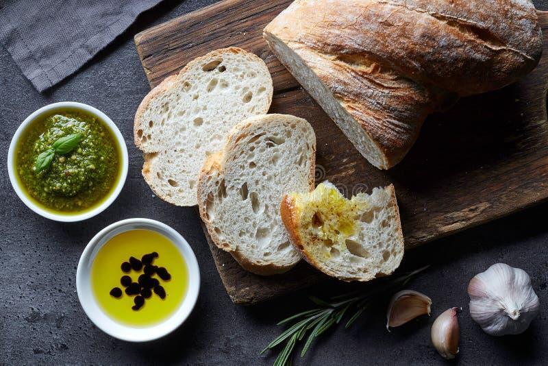 新鲜面包的ciabatta 免版税库存照片