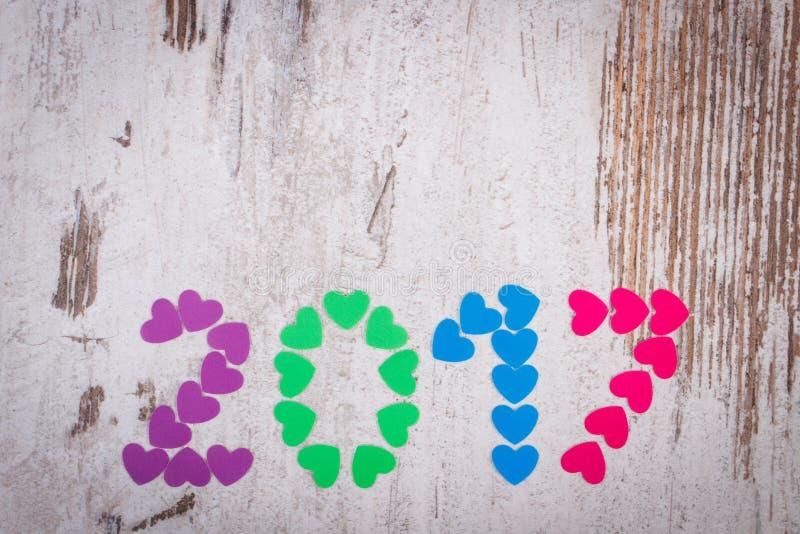 新年好2017做了五颜六色的心脏,文本的拷贝空间 库存照片