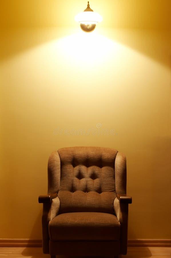 方便的扶手椅子 免版税图库摄影