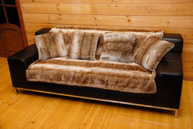 方便的沙发 免版税库存图片
