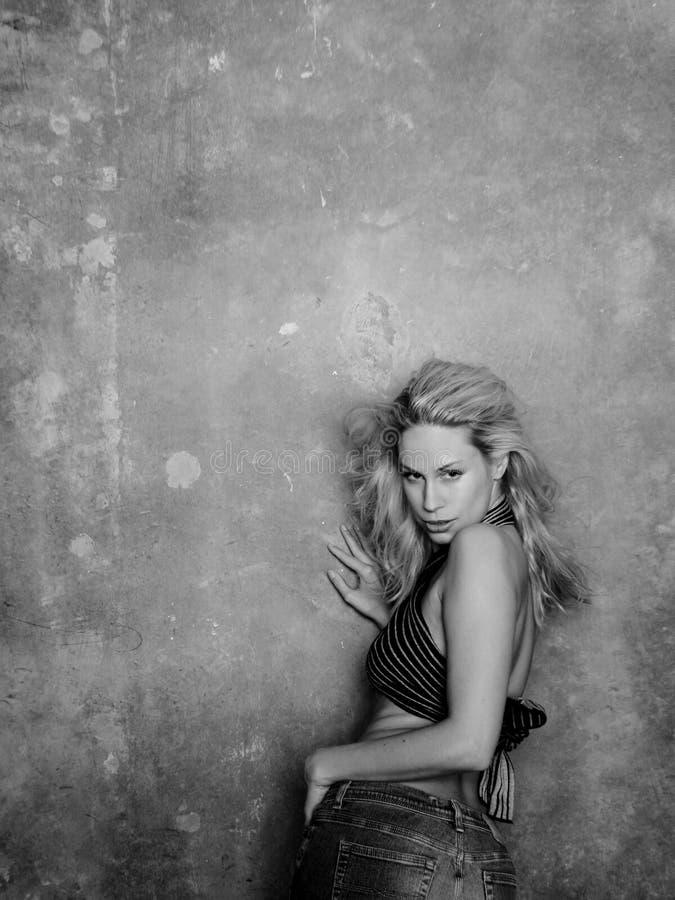 方式性感的妇女 图库摄影