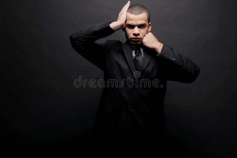 方式愉快的男性模型年轻人 免版税库存图片
