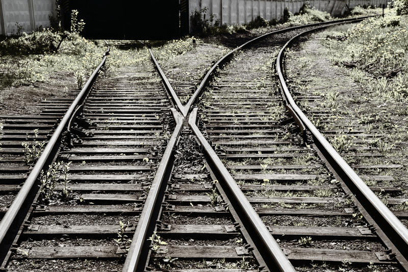 Download 方式转接铁路 库存照片. 图片 包括有 闪亮指示, 横穿, 长期, 铁路, 道歉, 车行道, 透视图, 复杂 - 59100798
