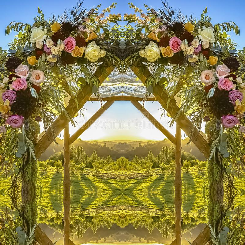 方形的婚姻的显示的框架花卉装饰在日落的 库存例证