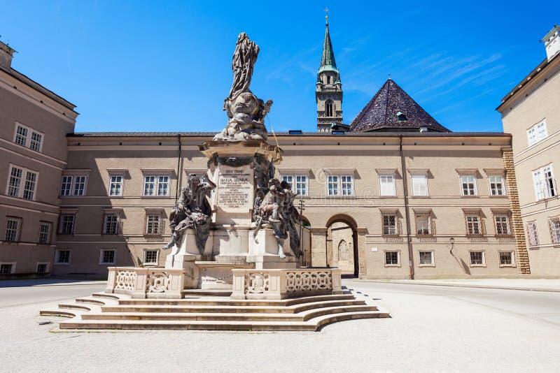 方济会教会在萨尔茨堡 免版税库存图片