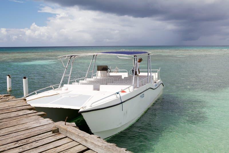 旅游小船的速度 库存照片