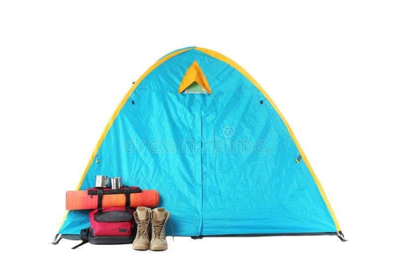 旅游帐篷和野营的设备,隔绝在白色 库存照片