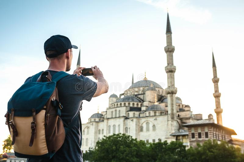 旅游照片蓝色清真寺在伊斯坦布尔在土耳其 免版税库存图片