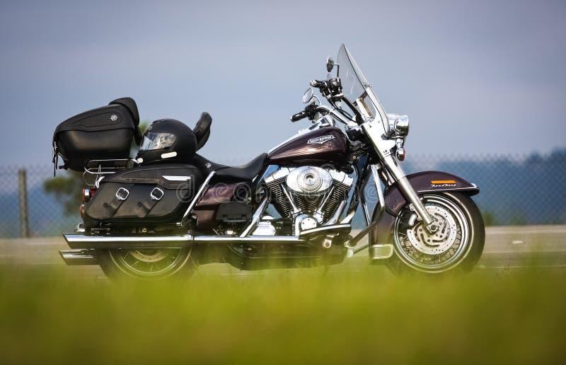 旅行与哈利戴维森摩托车,路国王 免版税图库摄影