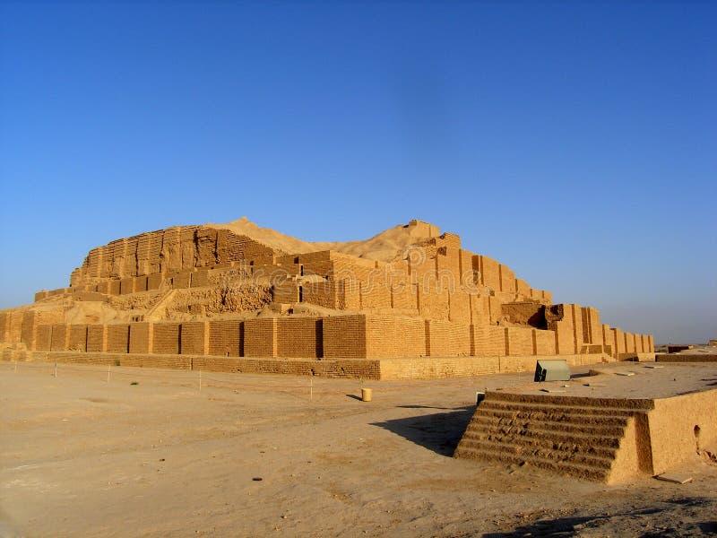 旅行伊朗: ziggurat Choqa Zanbil 库存照片