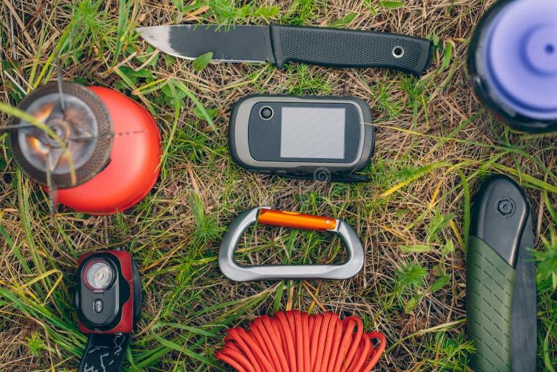 旅行在狂放的求生背包 免版税图库摄影