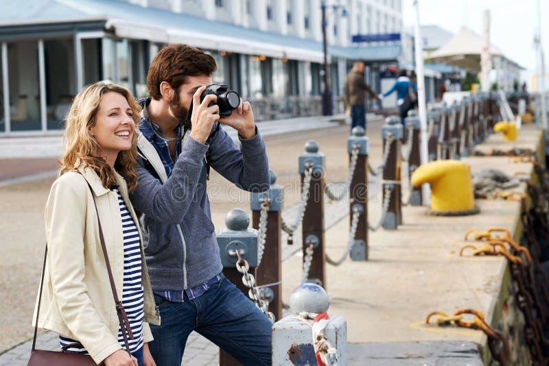 旅行夫妇 免版税图库摄影