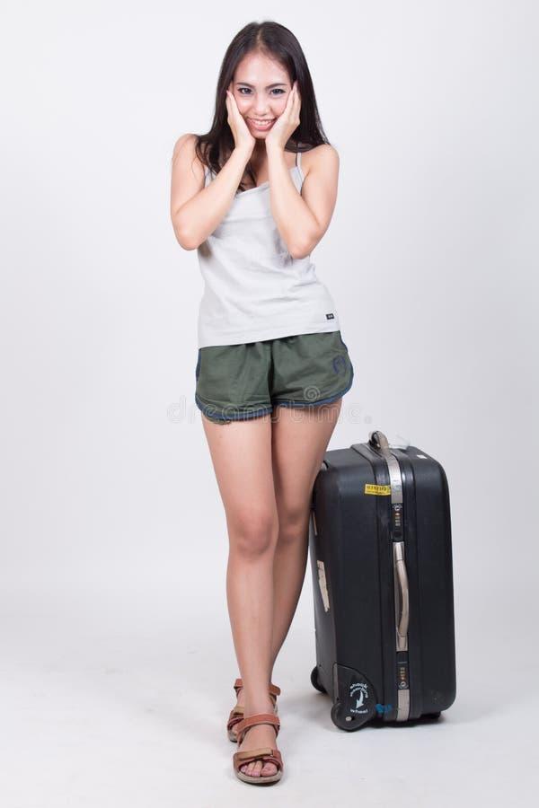 旅行概念的亚裔女孩 免版税库存图片