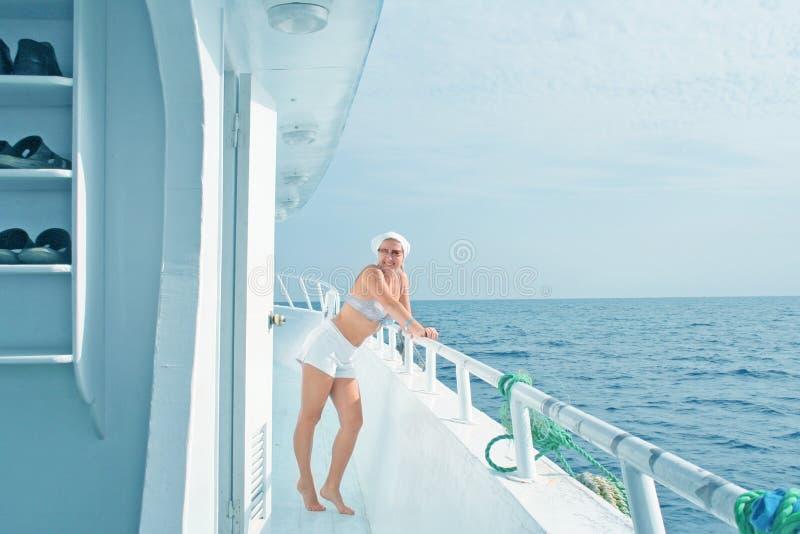 旅行游艇 免版税库存照片